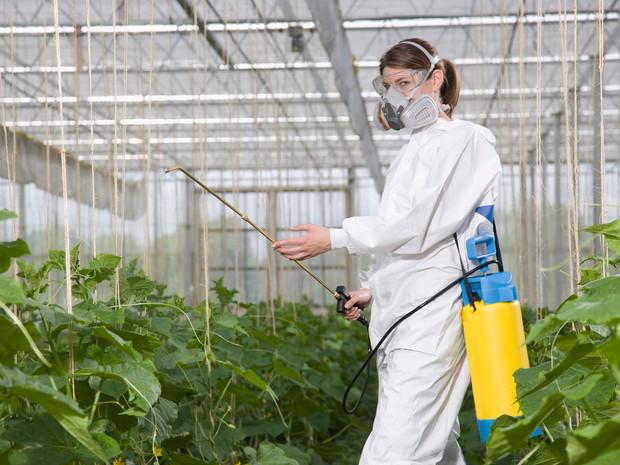 Epandage-de-pesticides